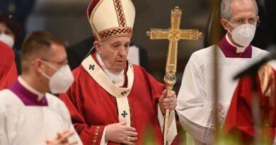 El Vaticano introduce el delito de pedofilia en el Código de Derecho Canónico